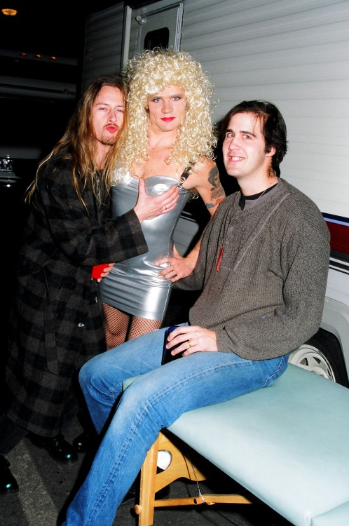 nirvananews:  Jerry Cantrell, Flea & Krist Novoselic. - Backstage at MTV Live & Loud, 1993.