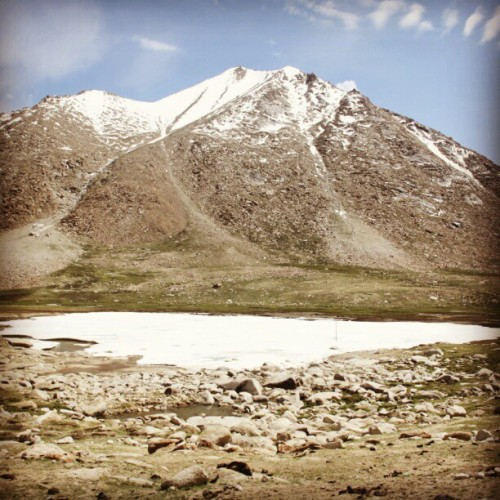 Frozen Pond in Chang Thang, enroute Pangong Tso lake… #SriniOnTour #Ladakh  (Taken with Instagram)