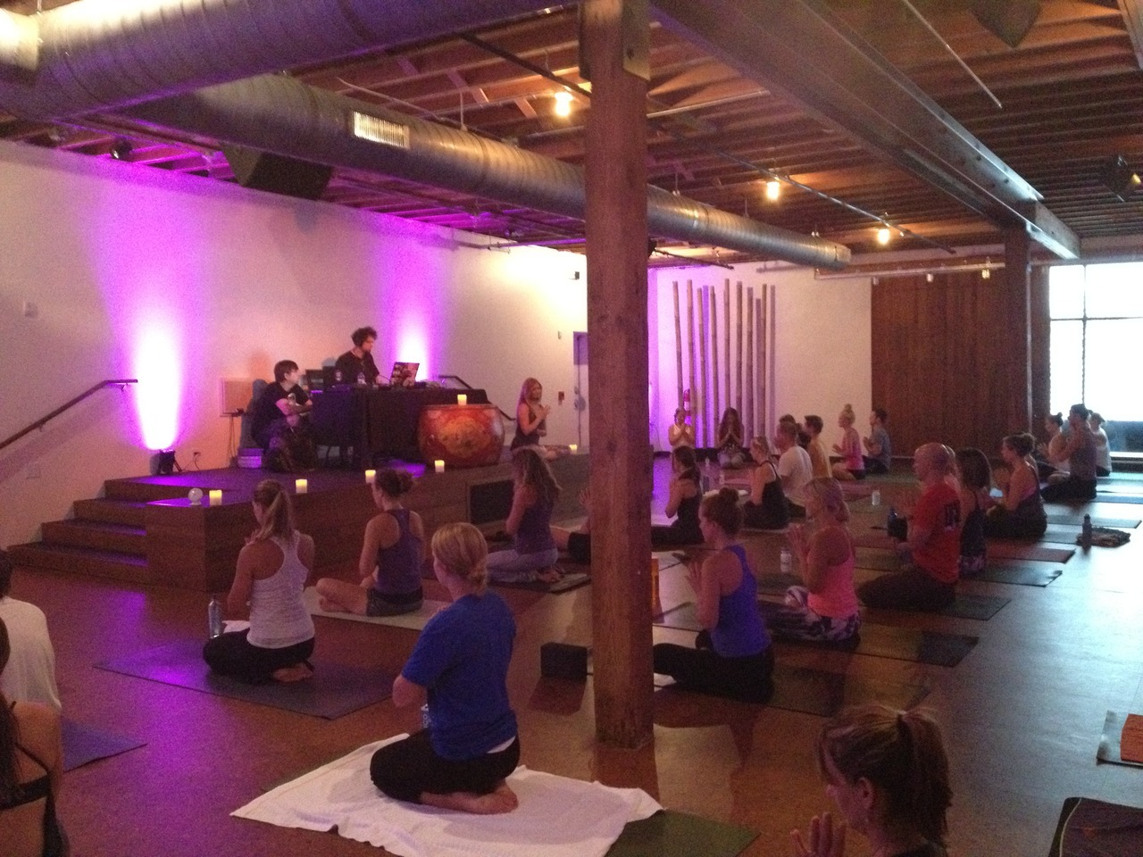 giocondayoga:  We had such a great time at Yoga Jam on Saturday Night.  Sign up online now to join me and el john Selector on August 18th for the next one!