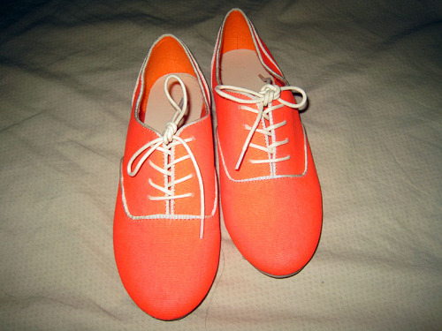 New Forever21 Neon Orange Oxfords.I've worn these ONCE, and they haven't been broken into yet. So they're a bit stiff.I still have the box. They're clean except the bottom just a tad bit. Size US 6, EU 36.