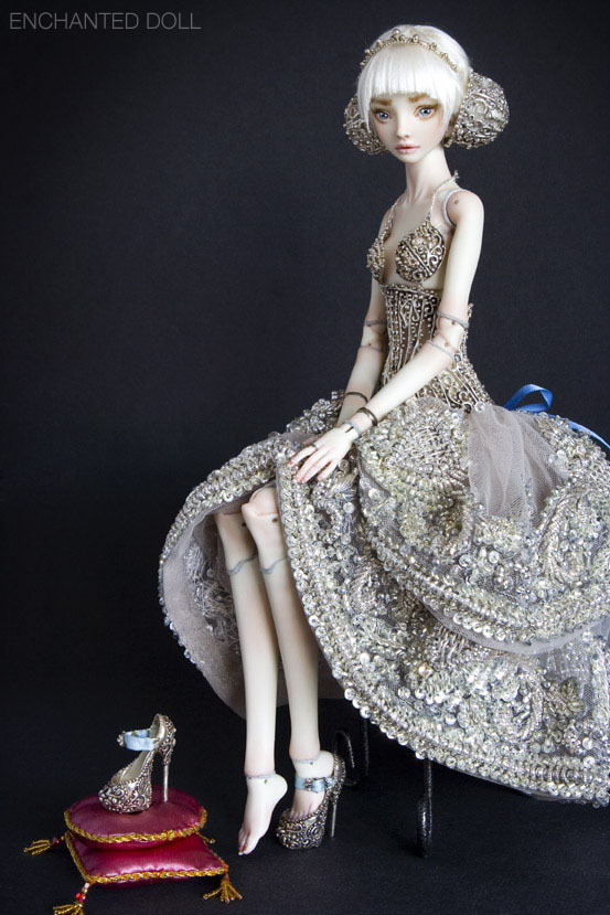 suicideblonde:  Cinderella - Enchanted Doll by Marina Bychkova