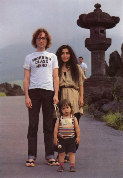 suicideblonde:  John Lennon, Yoko Ono and Sean Lennon