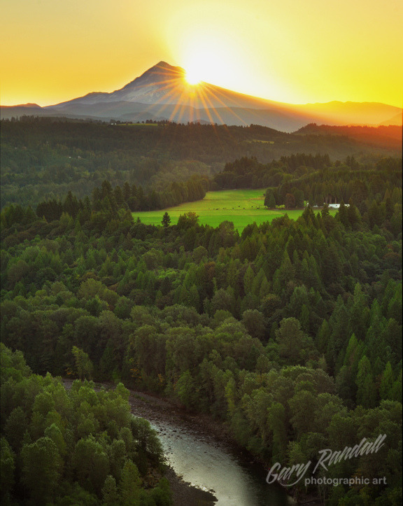 Jonsrud Viewpoint Sunrise (by Gary Randall)