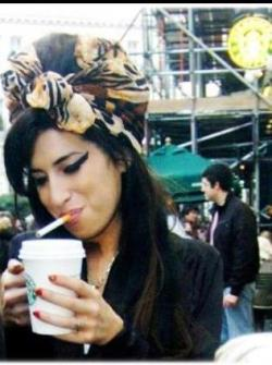 thegreycolor:  Amy Winehouse