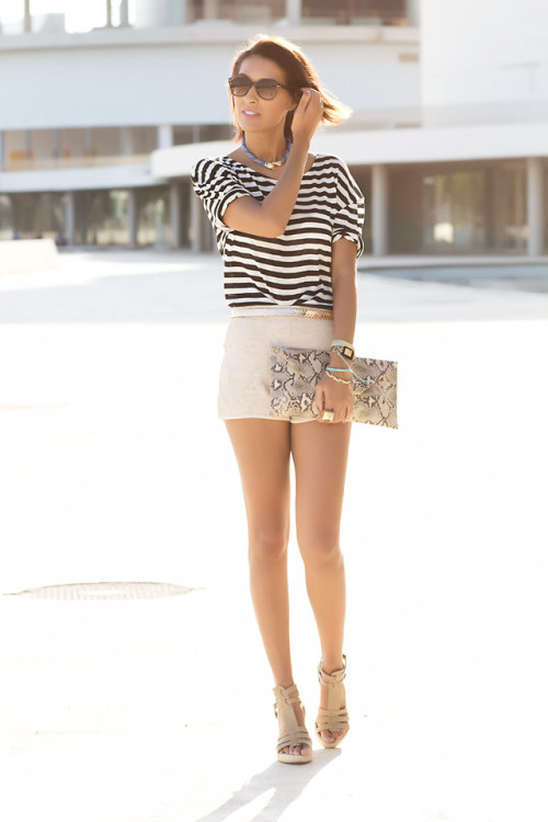 lookbookdotnu:  Mixed prints (by Sissy a la Mode)