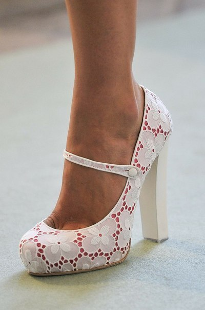 I don't like thick heels, but I like these :D