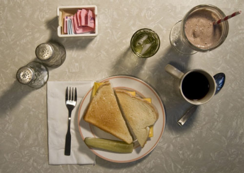 Catcher In The Rye and other famous meals from literature caught on film   (via: flavorpill)