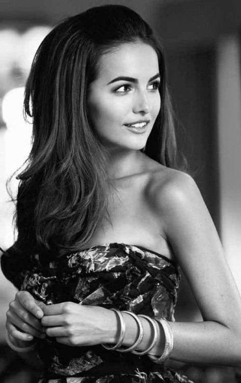 city-of-lost-souls:  Camilla Belle