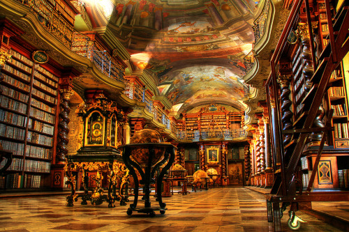My cries…..EVERYWHERE. This is a beautiful library… One of my items on my Bucket's List is to visit the grandest libraries in the world. So many i want to see, Anyone else want to visit them with me?