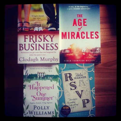My new babies arrived! Not sure which one to start tho =/ #love #books #happy #decision #reading #chicklit #awesome  (Taken with Instagram)