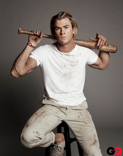 36/100 Pictures from Chris Hemsworth