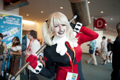 (via Ladies of Batman at Comic-Con - Houston - Slideshows)