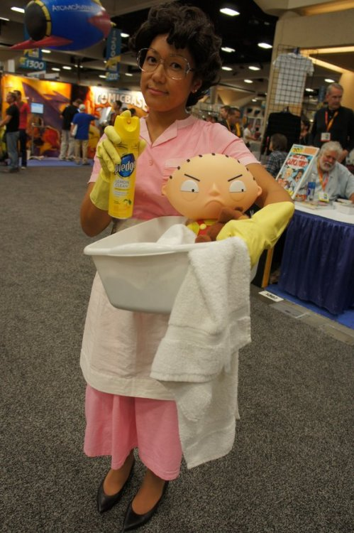 glitterqueen80:  Has to be one of my favorite Comic Con CoSplay!