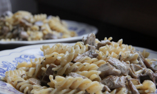 Fusilli panna e funghi by osamot on Flickr.