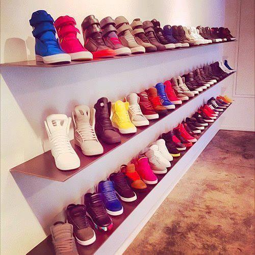 Omg… It's Niall horan's closet O.o lol ;)