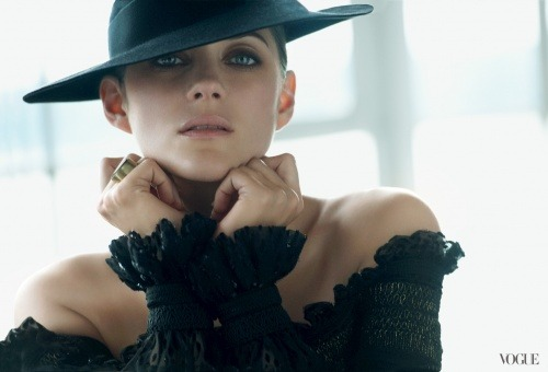 Marion Cotillard for Vogue, August 2012 (photo via Vogue.com) Click here for full article and slideshow.