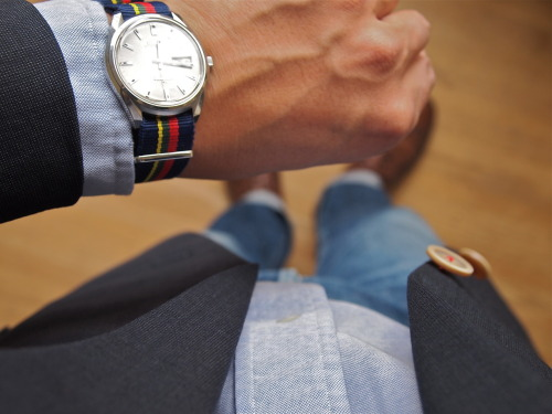 brokeandbespoke:  WIWT. Watch: Vintage 1967 Seiko Presmatic, thrifted $15 Jacket: Gorsart, thrifted $5 Shirt: PRL, thrifted $5 Jeans: APC Petite Standard, Crossroads Trading Co. $22 Shoes: Florsheim Royal Imperial longwings, thrifted $13  I love this blog.