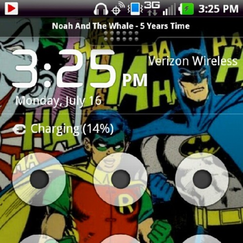 Day 11- screensaver SUPER LATE #photoaday #batman #robin #joker (Taken with Instagram)