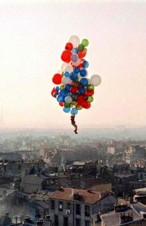 Love this movie - and this photo. The red balloon. Will definitely have this hanging somewhere in my 35 year old TriBeCa loft.