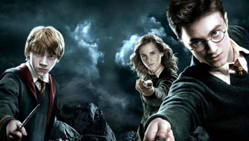 hpinsults:  Harry Potter gets new headache diagnosis A muggle neurologist has diagnosed the boy wizard with nummular headaches and cites his lightning bolt scar as proof.