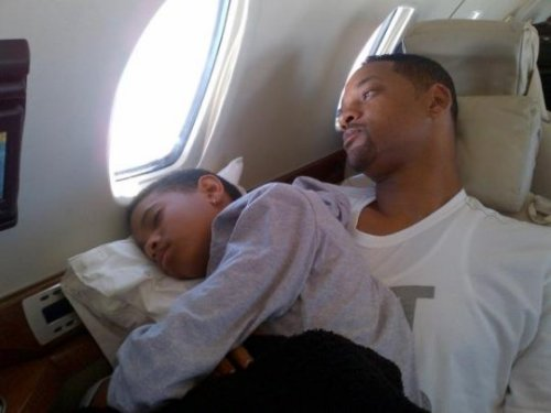 "ronireports:  This is so precious! Jada took this photo and tweeted ""Being a fatherless daughter these are the moments I cherish. Love. J"" I think all of us who grew up with no father figure can appreciate this. Beautiful."