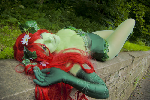 Character: Poison Ivy from DC comics universe (Kotobukiya Bishoujo statue version Costume By: Eternal0Aranel Photo By: Kerrybeckerphotography Event: Glasgow Comic ConSubmitted by: eternal0aranel
