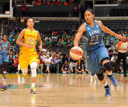 Maya takes the ball down the court against the Sparks. (Photo by Juan Ocampo)