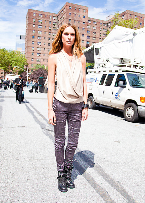 "Erin Wasson (in) Model's Street Style The super cool model was spotted in New York attending shows… Erin is also an actress. She plays the sexy vampire Vadoma in ""Abraham Lincoln: Vampire Hunter."" Have you seen the movie? =) — Follow Bonae L'amour on facebook 