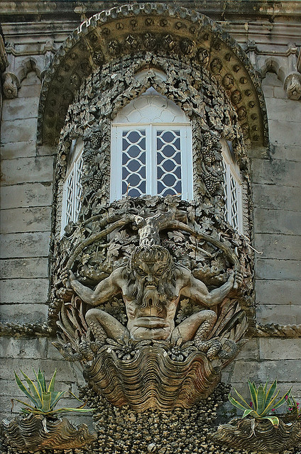 visitheworld:  Triton at Palácio da Pena, Sintra, Portugal (by Mr.Enjoy).