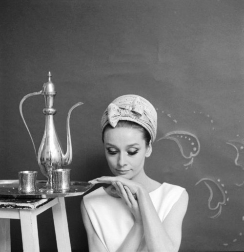 iconoclassic:  (via Audrey Hepburn by Cecil Beaton, 1963 « We Heart Vintage)