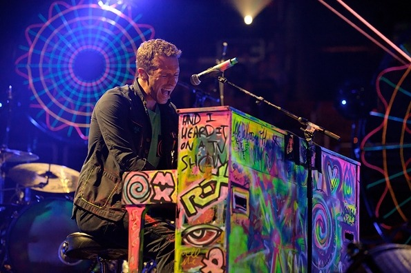 Coldplay  Chris Martin of Coldplay performs at the Verizon Center in Washington, D.C. on July 9th, 2012.  xo @RozOonTheGo