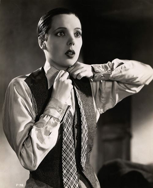 jazzvampire:  Jessie Matthews in First a Girl ('35).