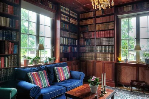 she-who-loves-the-rain:  Library