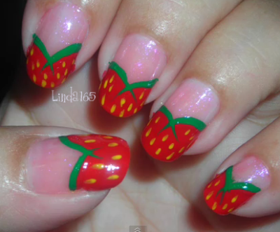 Strawberry nails! (via Iliana S. | Beautylish)