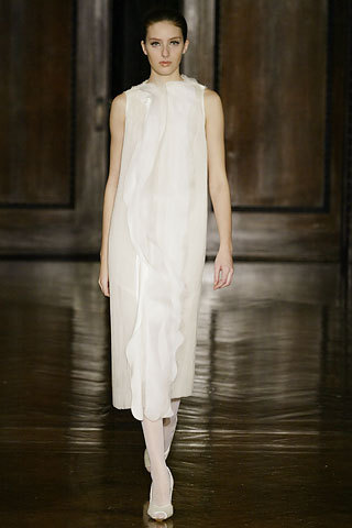 (via Rodarte Fall 2006 Ready-to-Wear Collection Slideshow on Style.com)