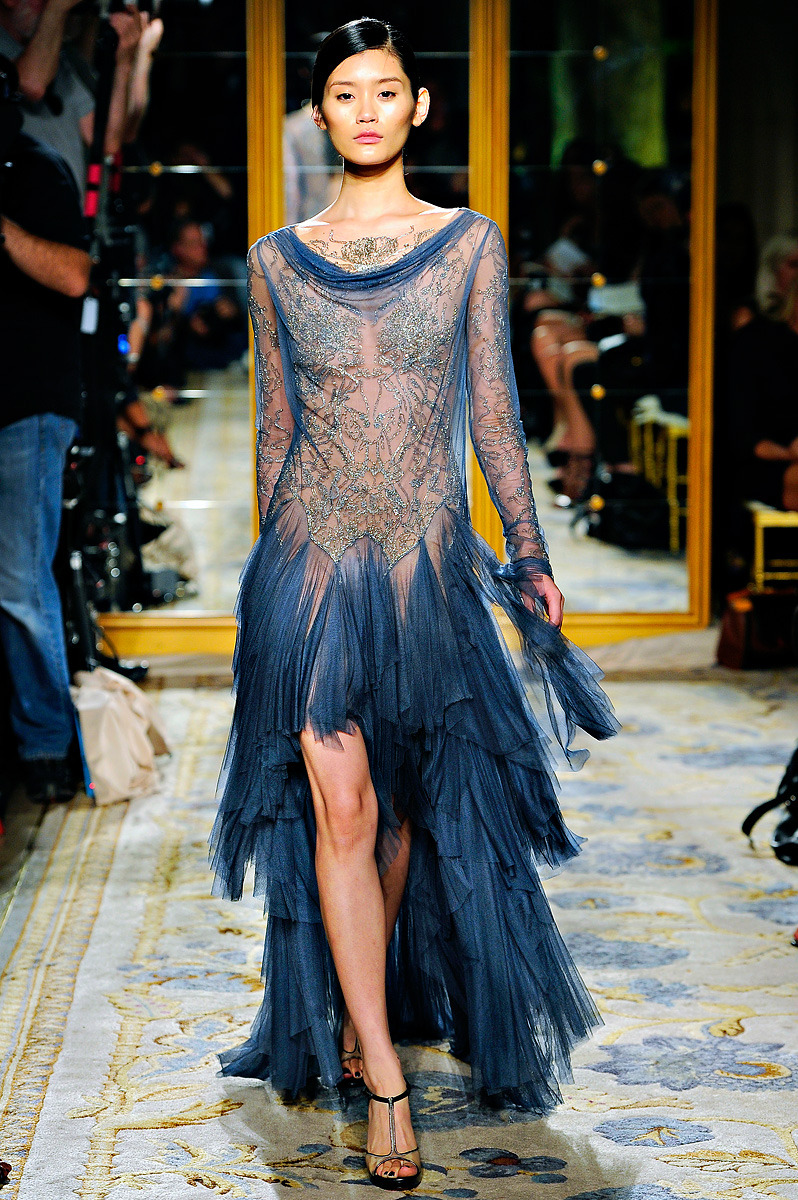 Love this color. (via Marchesa Spring 2012 RTW - Vogue)