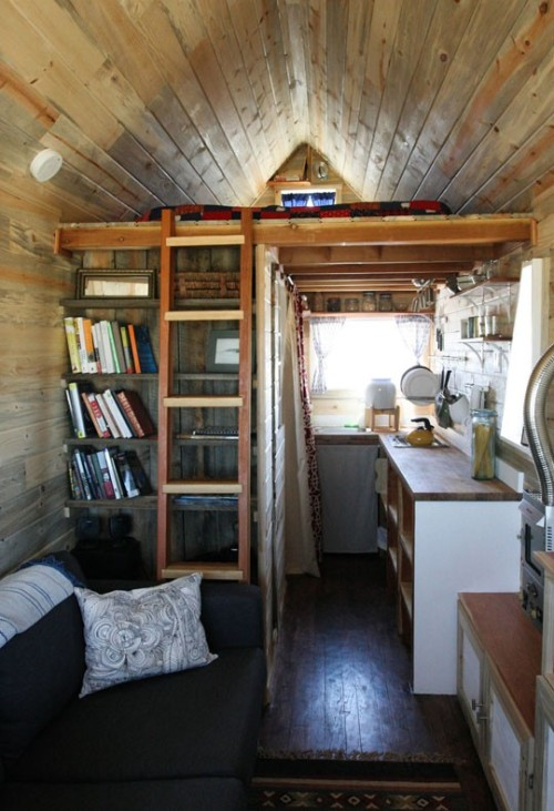 veggielezzyfemmie:  veggieheather:  for the record, my Tiny House will look similar to this.  I think I've reblogged this before but Tiny Houses make me so happy and I need a pick-me-up. This is just precious.