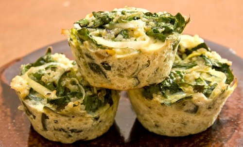 beautifulpicturesofhealthyfood:  Spinach quinoa cakes…RECIPE