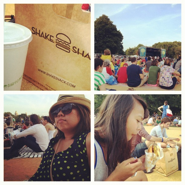 fybebe:  #picstitch #shakeshack #noobs #centralpark #philharmonic #nomnom #hotsummerdays (Taken with Instagram at Central Park - Great Lawn)