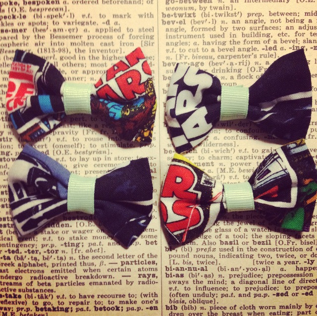 Just finished making these mini Star Wars bows! I'm in love. They're up in the shop two for $3! Pick them up here.