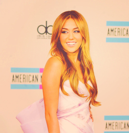 7/50 favorite photos of miley cyrus.