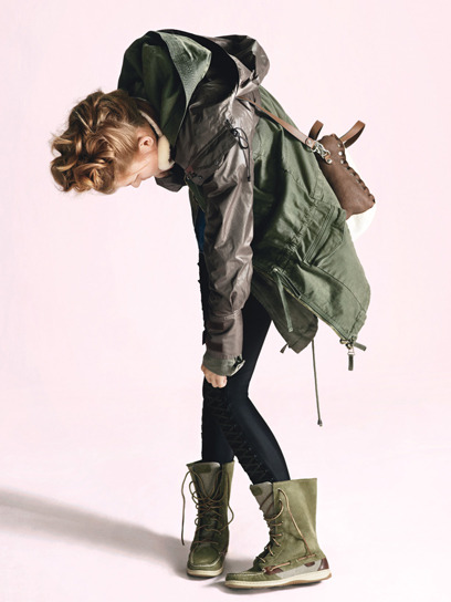 Give me this outfit now. Let it be autumn.   LaRok parachute parka, $398 Rock & Republic leggings, $148 Ugg Australia earmuffs, $75 Marni bag Sperry Top-Sider boots, $98.x