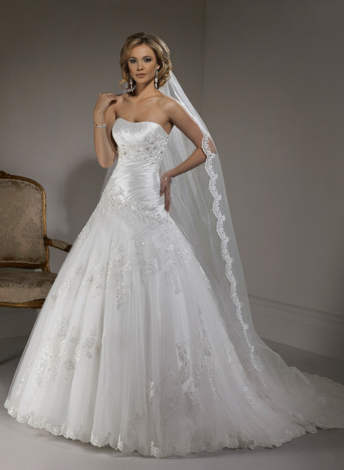 Primavera - by Maggie Sottero Maggie Sottero dresses are all gorgeous.