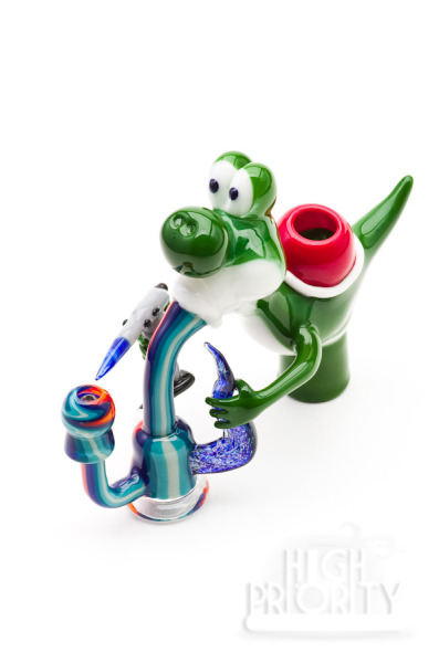 weedporndaily:  Jedeye Glass Yoshi Vapor Dome with Worked Joint 14mm