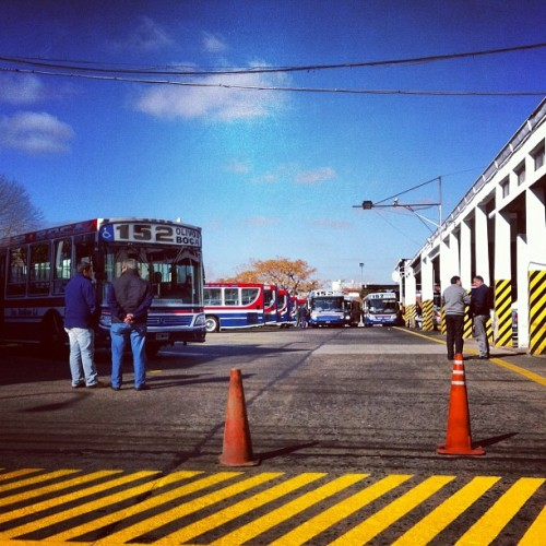 #terminal del #152 #olivos #buenosaires #bus  (Taken with Instagram)