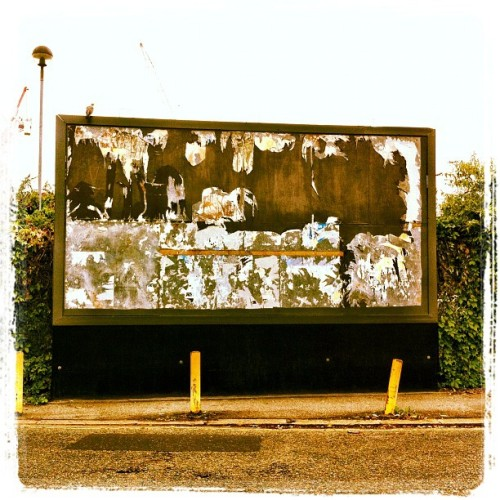 Shout it out  (Taken with Instagram at Bollo Lane Crossing)