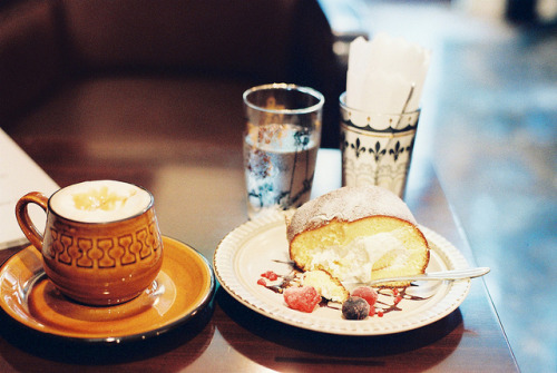 teafy:  sweet time :) by **mog** on Flickr.