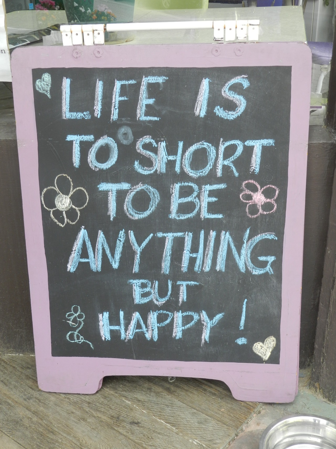 Saw this sign outside yesterday and thought I'd share it with you. Such a wonderful reminder!