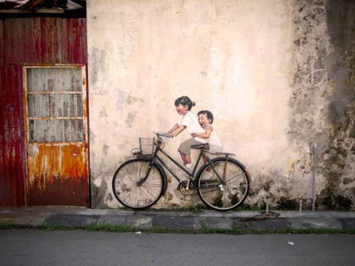 Zacharevic's work is so beautiful.