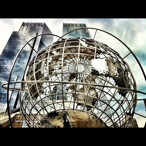 #centralpark #nyc #59thst #columbuscircle #uptown #nycrightnow #bestagram #bestoftheday #manhattan #instagood #pic #photooftheday #globe #circle #world #city summer2012 (Taken with Instagram at Columbus Circle)